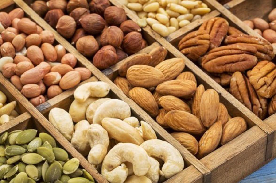 Nuts as a healthy snack alternative