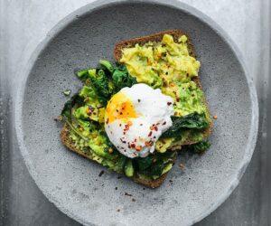 Egg and avacado toast